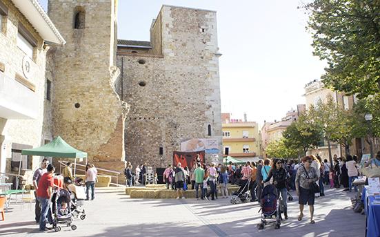 Tordera village town catalonia Catalunya poble conte fira